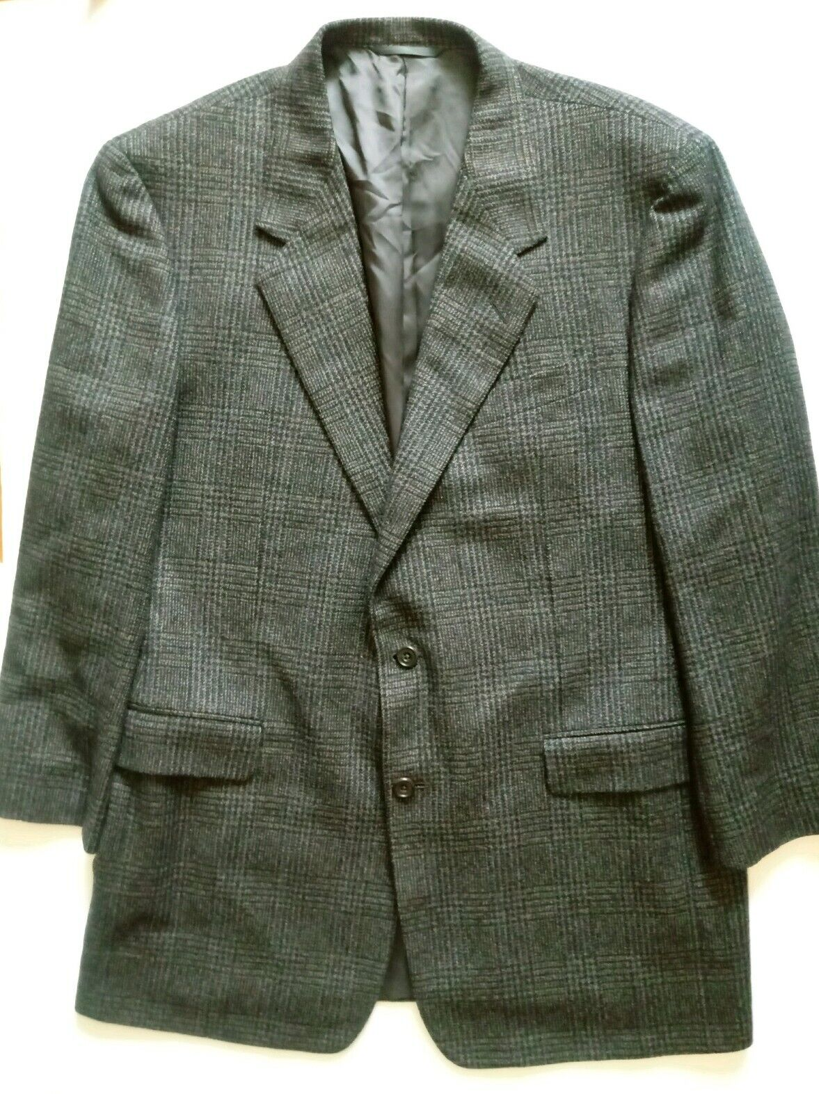 Hickey Freeman Cashmere Blend Diplomat 2 Button 44 Long Prince of Wales