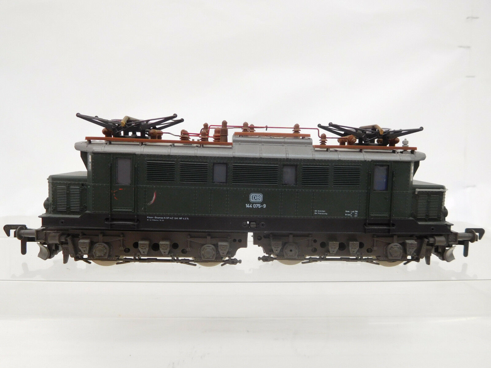 Mes-51065 roco h0 e-Lok DB 144 075-9 con signos de desgaste