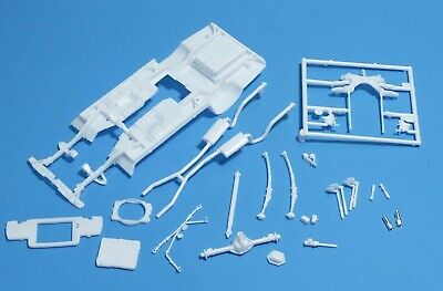 Revell 1968 Dodge Charger R/t 2'n1 Frame/chassis Set 1/25 Scale Automotive Parts