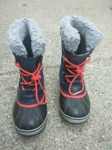 Sorel caribou Girls Boots No INSOLE on