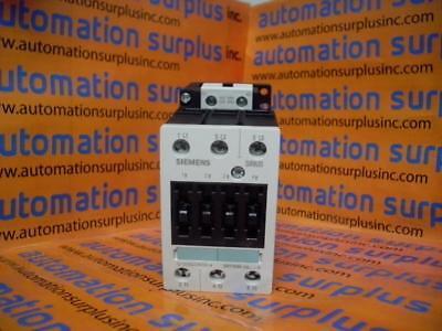 NIB SIEMENS 3RT1034-1AK60 3-pole contactor