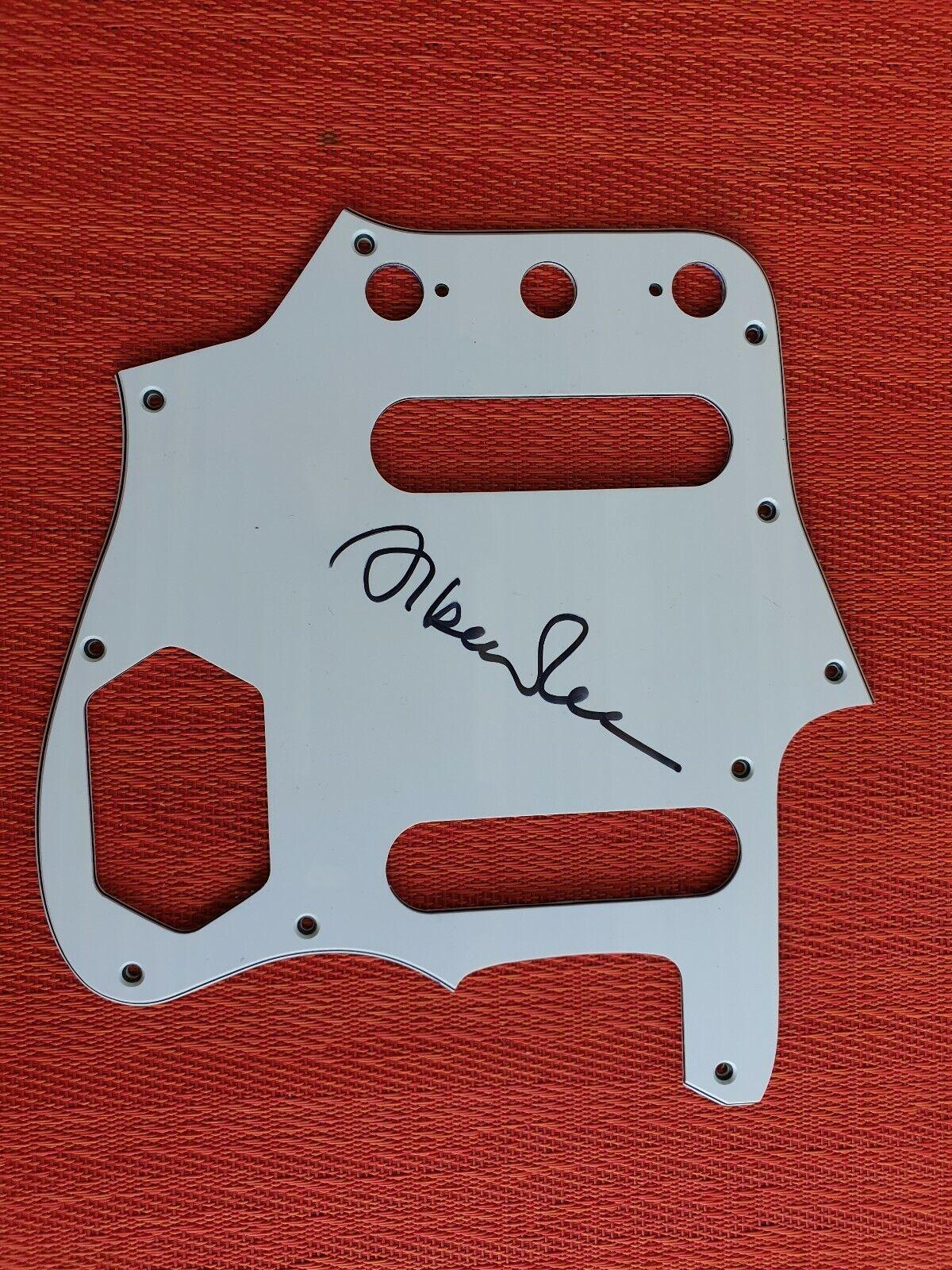 Fender Jaguar Pickguard mit Autogram