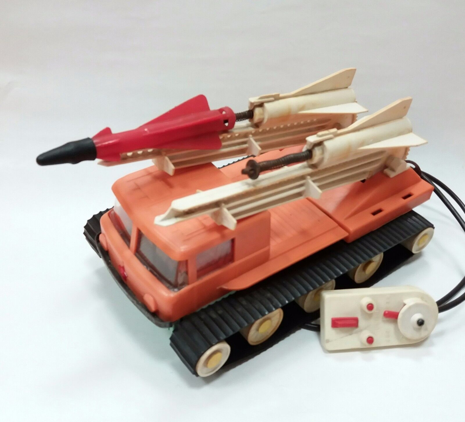 EXTREMLY RARE RUSSIAN USSR USSR USSR MILITARY LAUNCHER CHAIN TRUCK KATIUSHA ROCKET TOY bc9957
