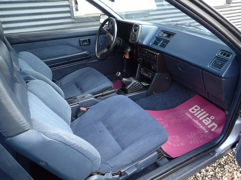 Toyota Corolla 1,6 GT Coupé Benzin modelår 1987 km 127000