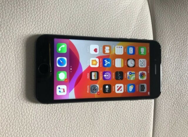 Apple iPhone 8 - 256GB - Space Gray (AT&T) A1905 (GSM)