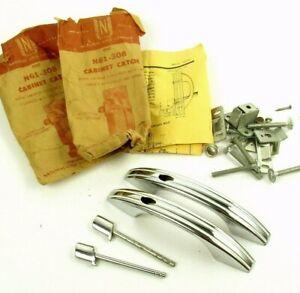 Lot-Art-Deco-Cabinet-Catch-Pulls-Chrome-White-Stripe-National-Lock-N61-308