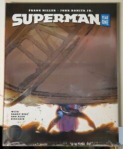 SUPERMAN-Year-One-FOIL-HardCover-FRANK-MILLER-DC-BLACK-LABEL-ships-FREE