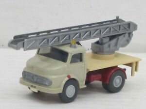 Conversion-MERCEDES-BENZ-Rundhauber-Drehleiter-voiture-gris-beige-O-neuf-dans-sa-boite-WIKING-1-87