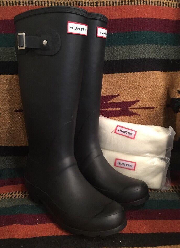 HUNTER Black Rubber Tall Equestrian Barn RAIN Boots w/ Liners 8M England UK NEW!