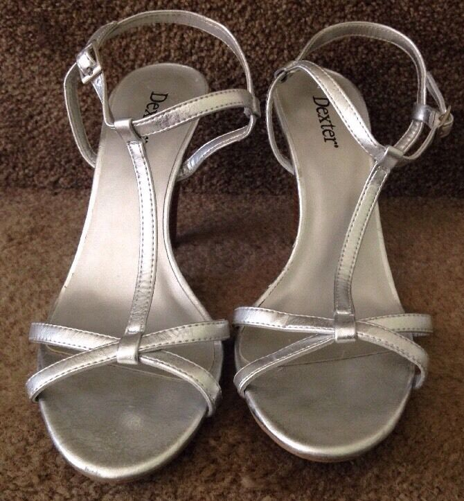 Dexter With Silver Open Toes Strap With Dexter Ankle Buckle Heels - Size 9 2ac447