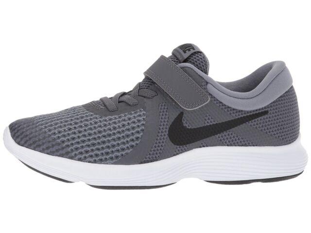 S t jurar A rayas  Nike Revolution 4 Boys Shoes Size 3 Color Grey/black for sale online | eBay