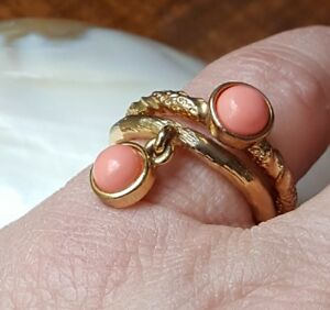 MIMCO-DESIGN-TWO-RINGS-PINK-CORAL-COLOUR-GOLD-TONE-TEXTURE-SIZE-M-amp-S