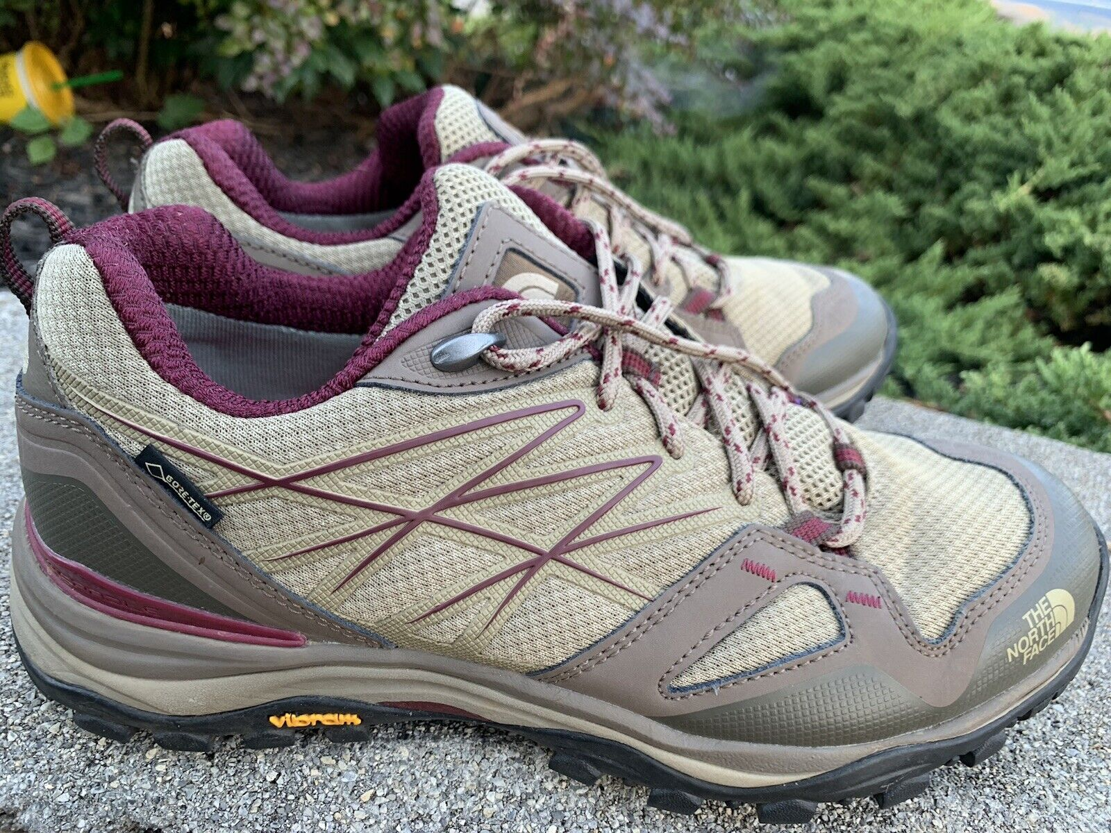 The North  Face  Trail shoes Size 9M 40 Camping Hiking ECU Gortex  shop clearance