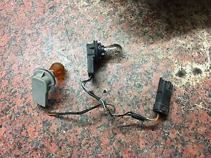 front indicator light bulb holder connector wire renault trafic 07on van traffic