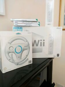 Wii-console-package-plus-accessories-and-games