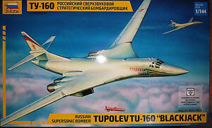 Tupolev-TU-160-034-Blackjack-034-Russian-Supersonic-Bomber-Zvezda-Kit-1-144-7002