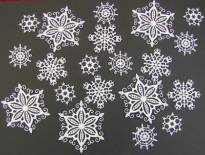 20 Tattered Lace 'Snowflake' die-cuts on 300gsm pearlescent white card