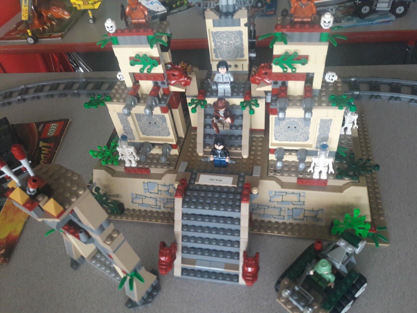 consegna veloce e spedizione gratuita per tutti gli ordini Lego 100% 100% 100% completare 7627 TEMPLE OF THE CRYSTAL SKULL Indiana Jones RETIrosso RARE  consegna gratuita