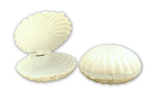 2.5 Inch White Plastic Seashell Clam Shell Party Favors Bulk 12 Pieces