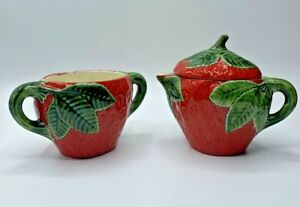 Vintage-Ceramic-Strawberry-Cream-And-Sugar-Bowl-Set-Hand-Painted-Hobbyist
