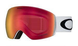 0701f129e00a Oakley Flight Deck Matte White Prizm Snow Torch Iridium Snow Goggle ...