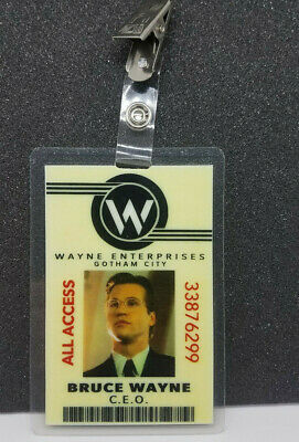 Cosplay Replica Batman Wayne Enterprises ID Badge Bruce Wayne Free UK Postage