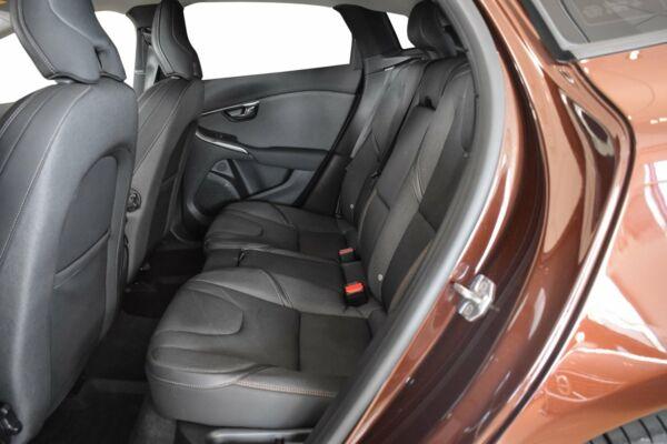 Volvo V40 CC 2,0 D3 150 Momentum aut. billede 7