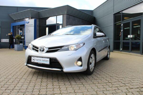 Toyota Auris 1,6 T2+ Comfort TS - billede 2
