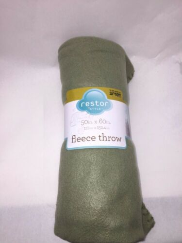 Restor Style Fleece Throw