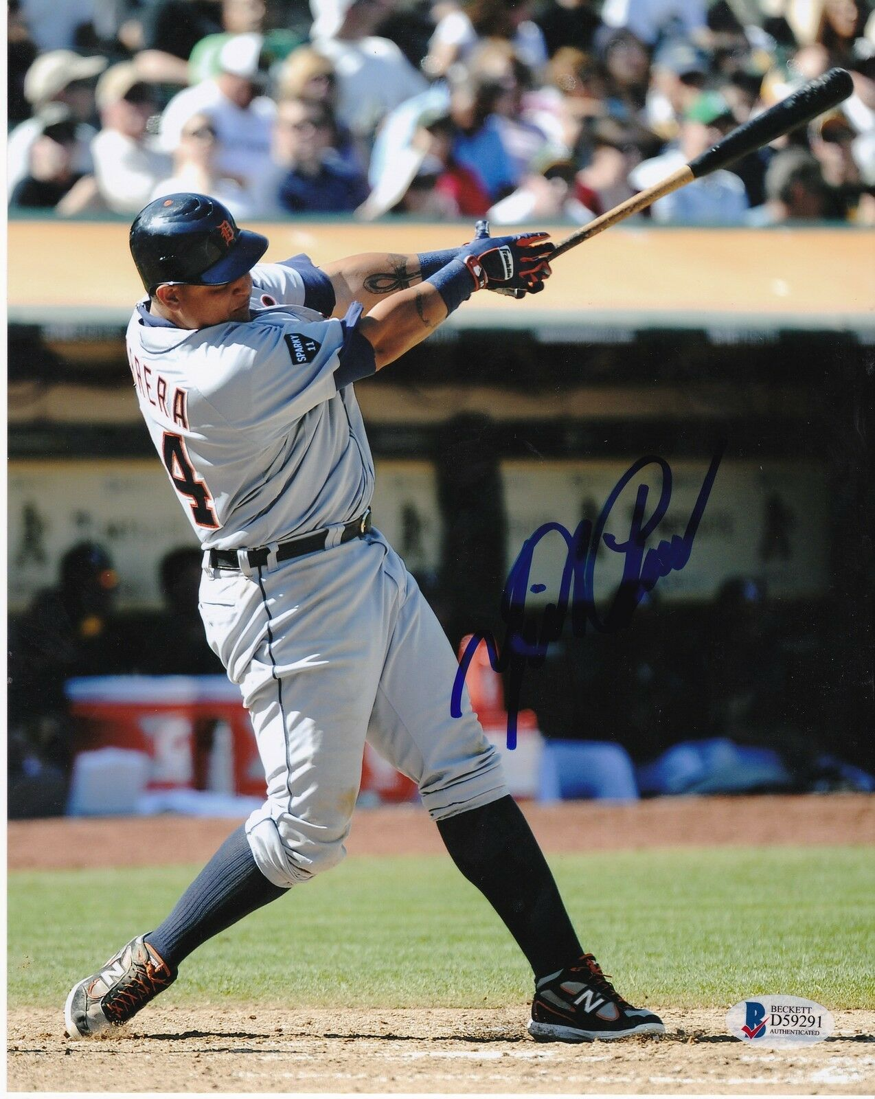 Miguel Cabrera Detroit Tigers Beckett Authenticated Acción Firmado 8x10