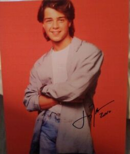 JOEY-LAWRENCE-SIGNED-8X10-PHOTO-BLOSSOM-W-COA-PROOF-RARE-WOW