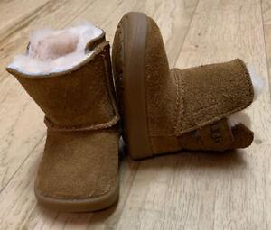 UGG Keelan Boots Sz 0/1 Chestnut Brown