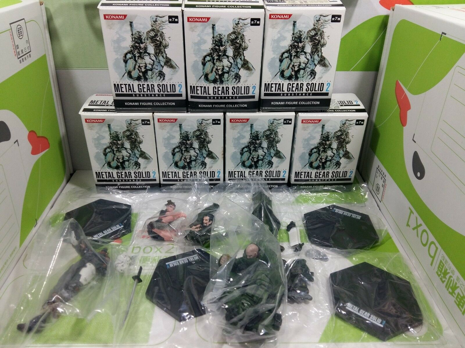 Los engranajes metálicos de la serie Konami Figura son sólidos, dos sustancias, siete piezas, completamente nuevas.