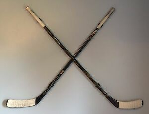 Cross-Mount-Hockey-Stick-Display-Kit-Unique-Hockey-Stick-Hanger-System