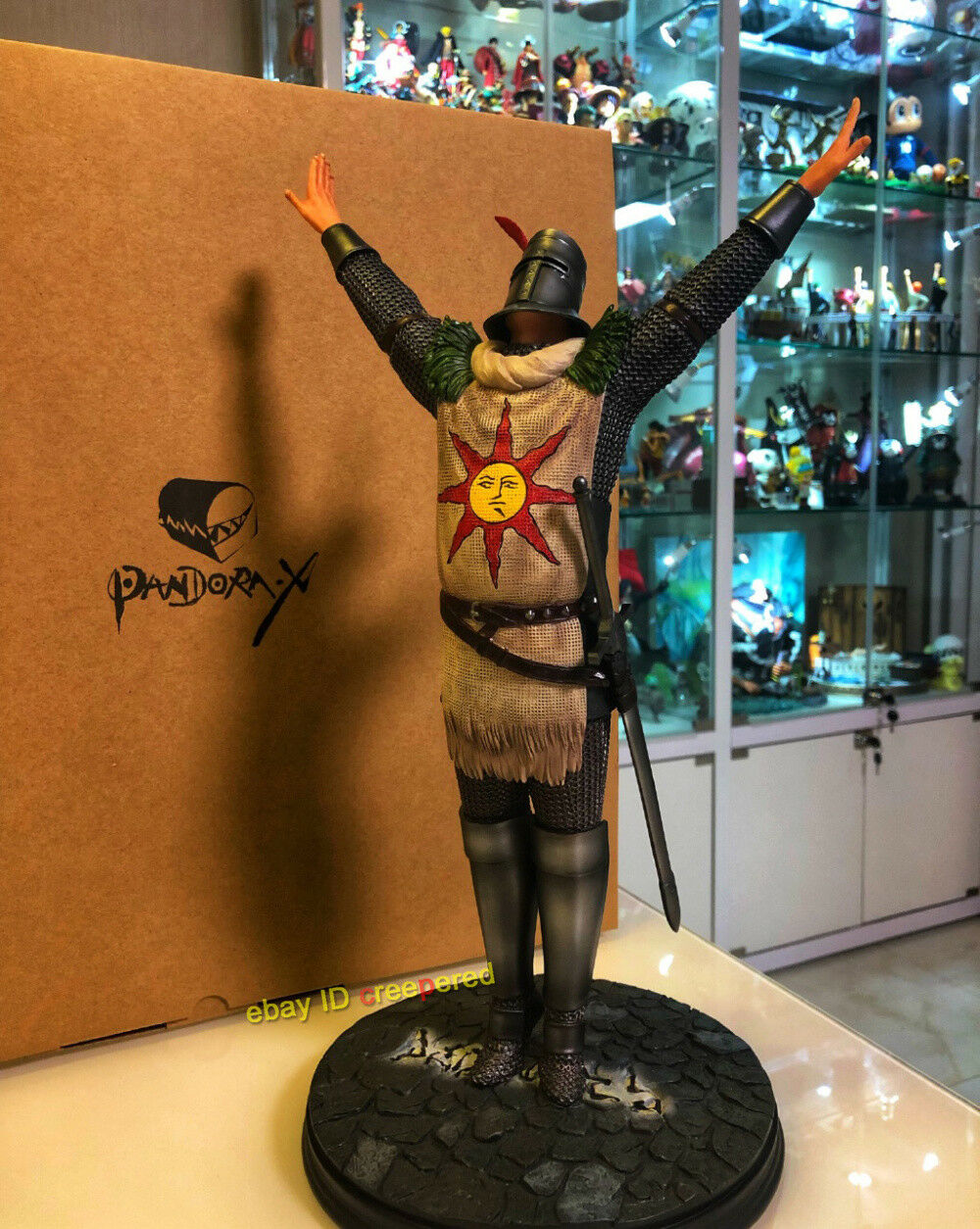 Dark Souls Ⅲ Solaire of Astora Praise The Sun 1 6 Scale Statue Figures Limited