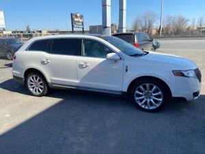 2012 Lincoln MKT -
