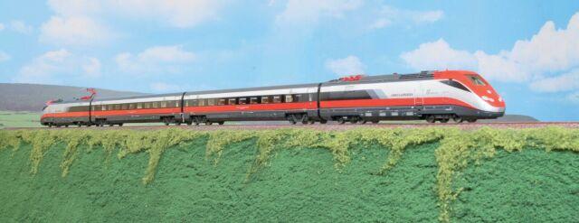 """ACME 70100 """"Frecciarossa"""" Train 14 avec les nouveaux logo"""