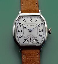 Vintage 1928 Unusual Case Antique Illinois  Men's Wrist Watch