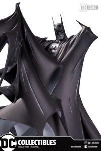 BATMAN-BLACK-amp-WHITE-TODD-MCFARLANE-Ver-2-Deluxe-Statue-Ltd-5000-PRE-ORDER