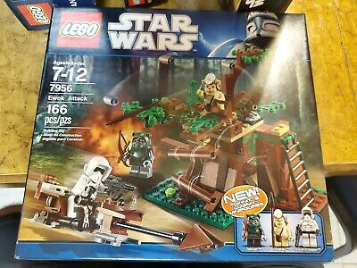 Brand New Lego Star Wars 7956 Ewok Attack w//Exclusive Logray and Tokkat Minifigs