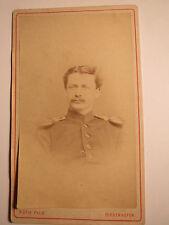 Diedenhofen - Soldat in Uniform mit Epauletten - Portrait / CDV
