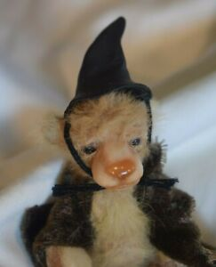 SB-004-Miniature-Teddy-Bear-Jointed-with-Witch-039-s-Hat-2-25-inch-tall-Antique-Vntg