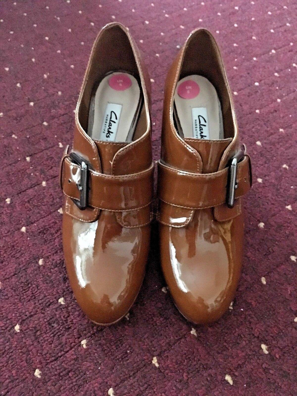 Nueva (sin Zapatos Caja) Clarks Zapatos (sin De Mujer Tacones De Charol, Bronceado. 5cf86d