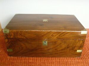 Antique-Victorian-Walnut-Campaign-Lapdesk-or-Writing-Slope-w-Brass-Hardware