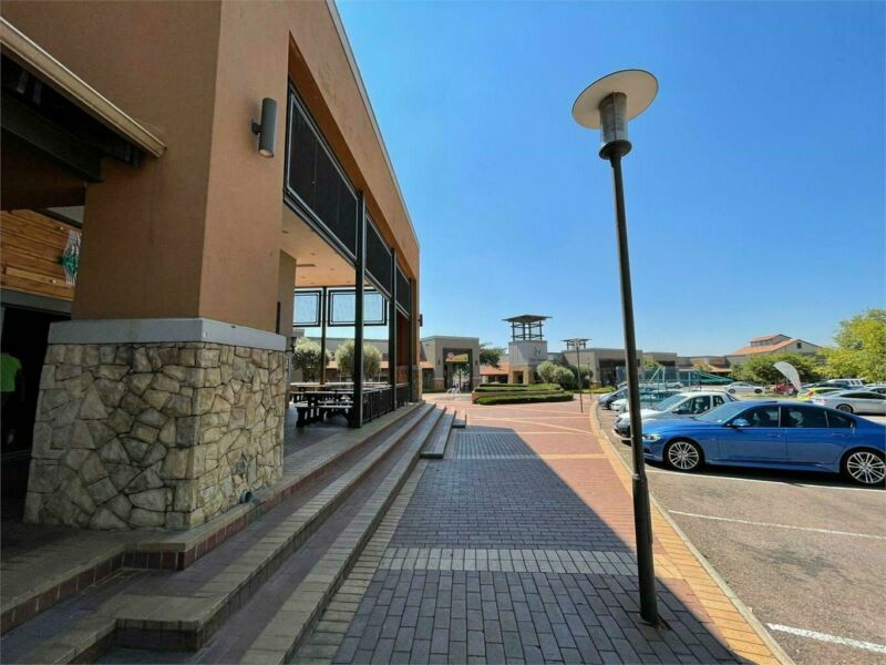 ECO BOULEVARD - 58 SQM RETAIL SHOP TO LET WITHIN THE PRIME COMMERCIAL HUB BASED IN HIGHVELD