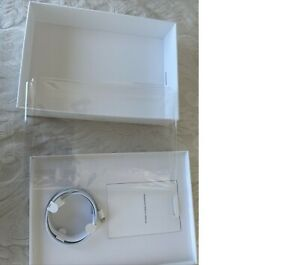 iPad 7th generation Box with Apple Retail Packaging with OEM Accessories Charger