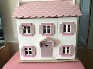 Wooden-Doll-House-Furn-Dolls-Car-Wardrobe-Clothes-Le-Toy-Van-Sophie-s-House