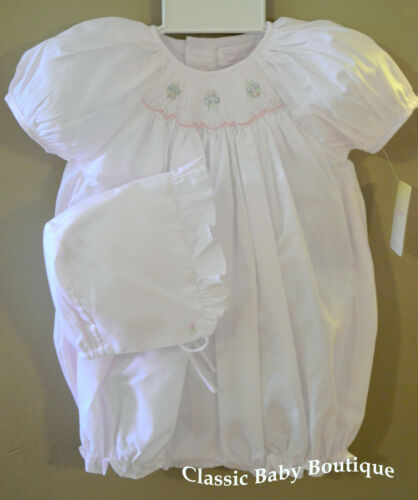 NWT Petit Ami White Smocked 2pc Bubble Romper Newborn Bonnet Baby Girls Bonnet