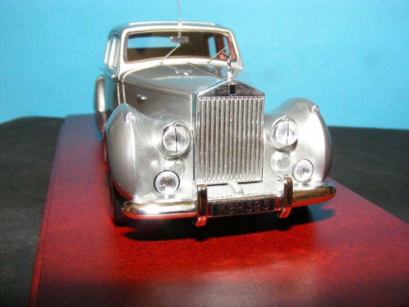 Rolls-Royce Silver Dawn 1949 Qualité 1:43 Moulé Sous Pression par True Scale minatures | Dans Un Style élégant  | Online Store  | De Nouvelles Variétés Sont Introduites L'une Après L'autre  | Exquis Art