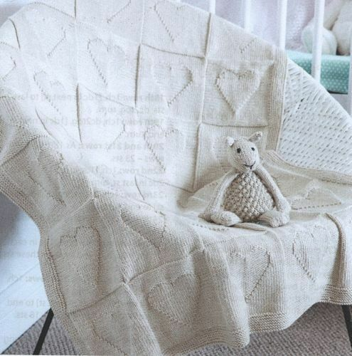 SNUGGLY HEART MOTIF BABY BLANKET AND LITTLE SHEEP TOY KNITTING PATTERN
